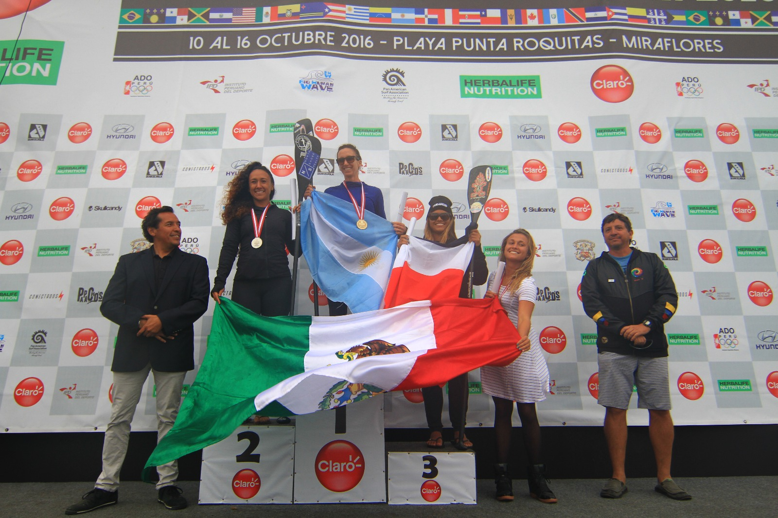 Campeónas SUP Race Damas.